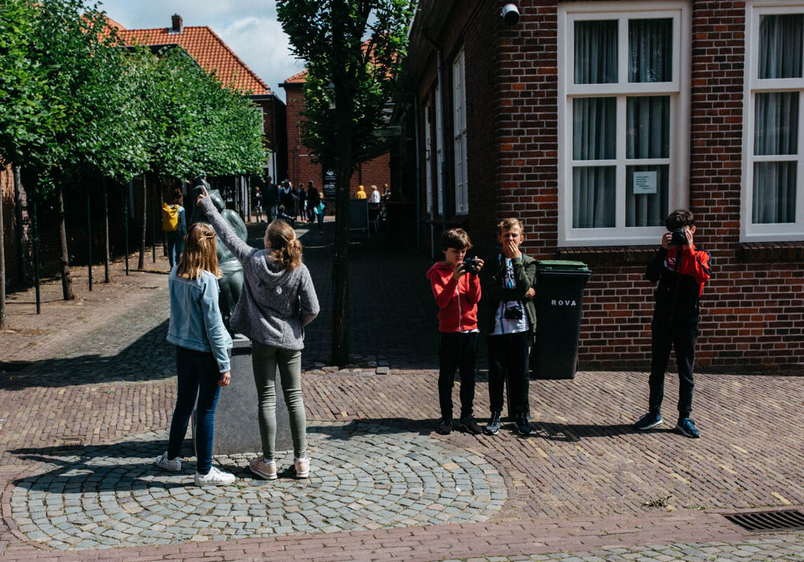 Cursus fotograferen voor kinderen-Cursus-straatfotografie-voor-kinderen-Overijssel-Twente-Het-echte-leven-fotograferen-3